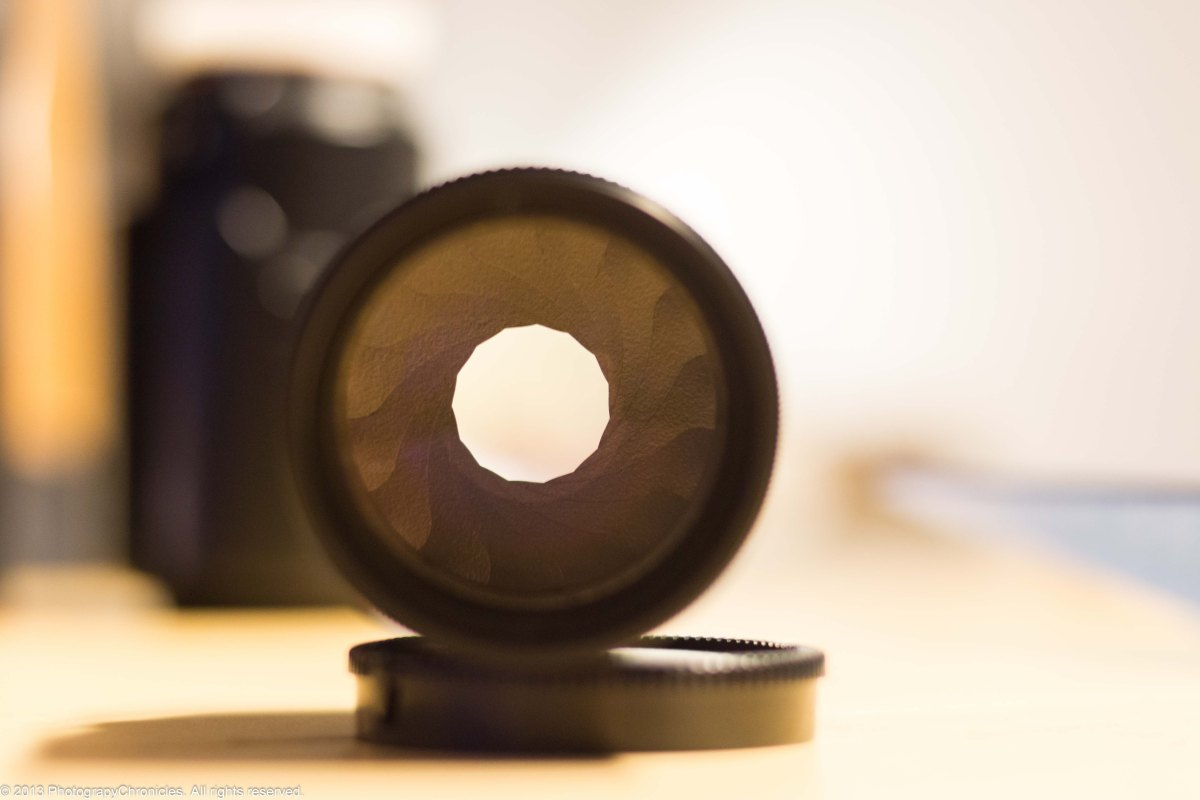 Pentacon 135mm f/2.8 Preset and its 15 aperture blades.