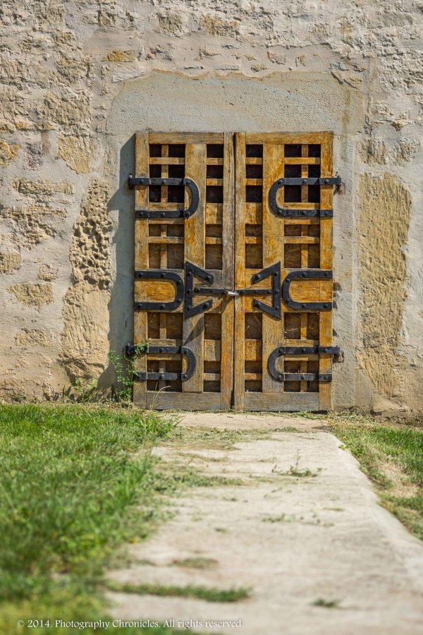 Iasi - monastery door 2