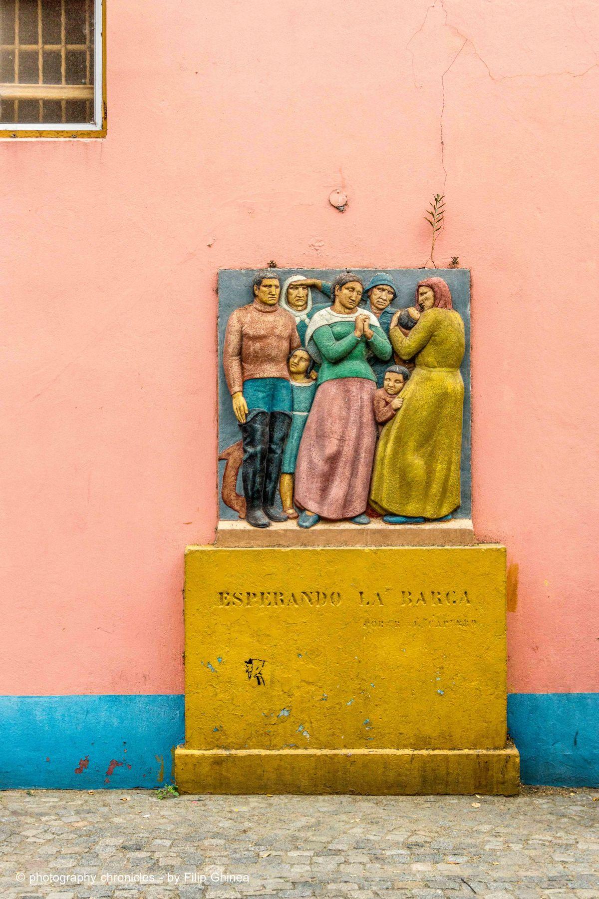 La Boca Neighborhood - Esperando la Barca